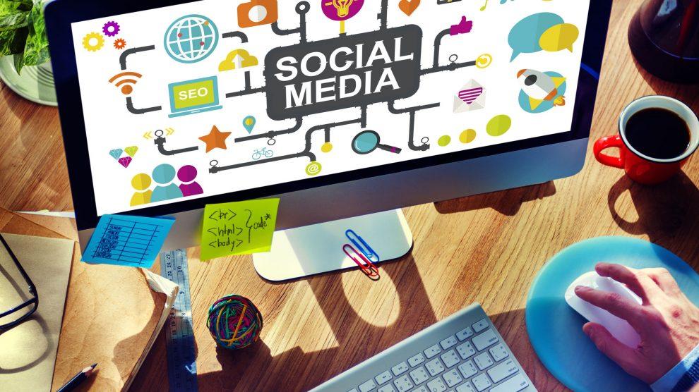 trendy w social media