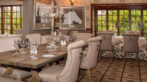 Stół dębowy do jadalni - styl i szyk