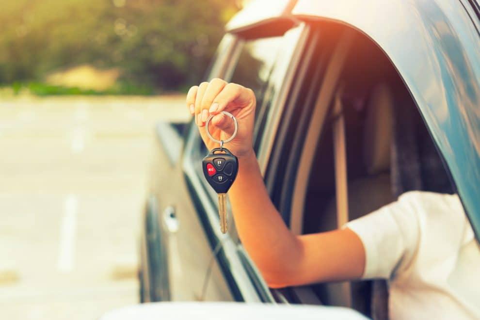 Dowiedz się, jak kupić samochód używany i nie żałować