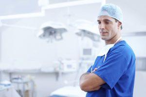 Pakiety medyczne - bogate w usługi i refundowane, gdy jest taka potrzeba
